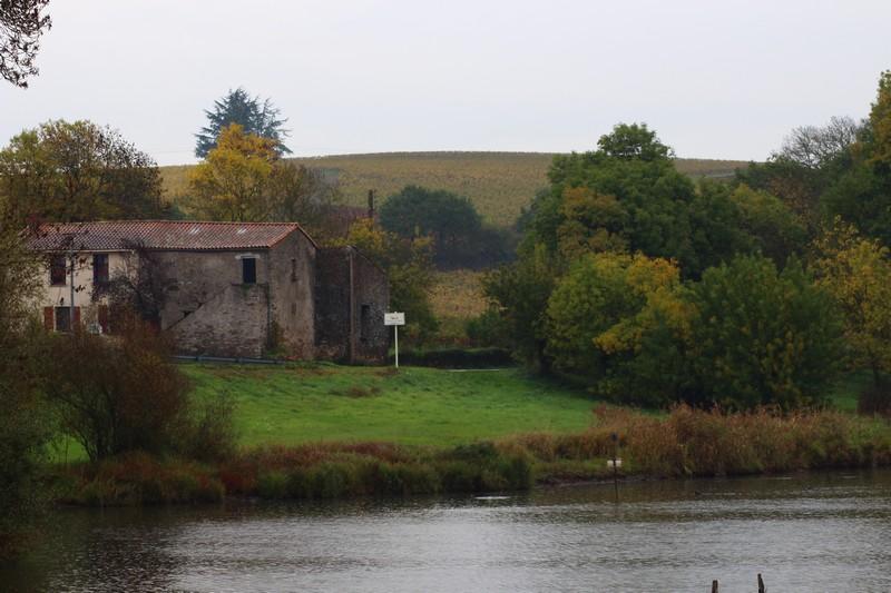 Le contrat territorial doit permettre d'améliorer la qualité des cours d'eau et rivières, comme ici La Goulaine.