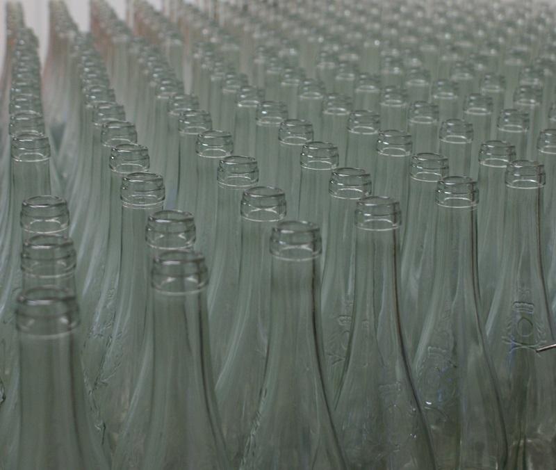 Recycler les bouteilles de vin... pas simple