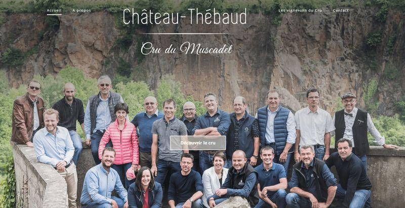 Même parti pris pour la page d'accueil du cru Château-Thébaud.