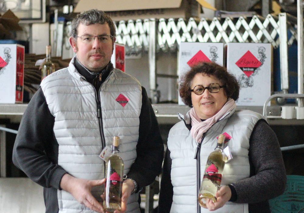 Olivier Suteau et Sandrine Poiron, responsables de Cousins de France, présentent Ligery.