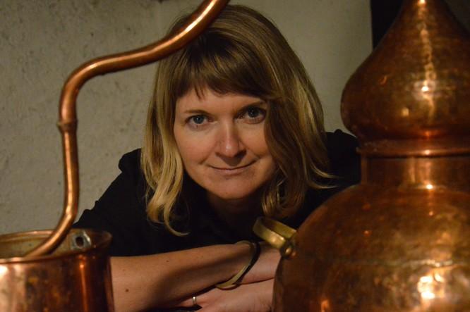Marina Noury lance sa distillerie à Vallet.